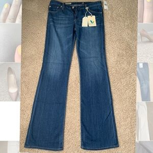 NEVER WORN - AG Jeans